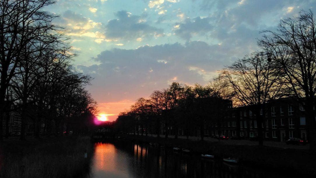 een mooie zonsondergang in Breda