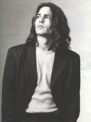 zwart-wit foto van Johnny Depp, door Mary Ellen Mark, 1993