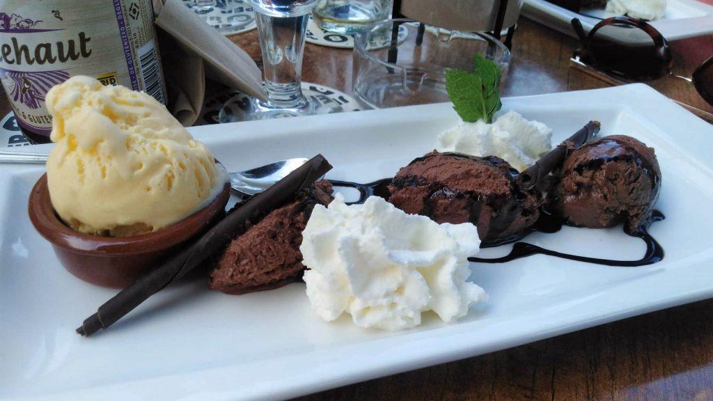 glutenvrij chocolade-dessert bij Brasserie America in Valkenburg