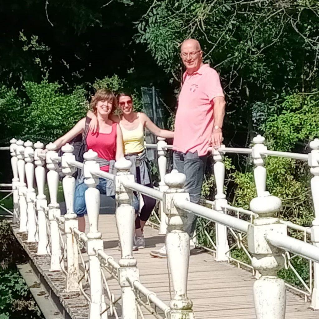 wij op een brugje in de omgeving van Valkenburg