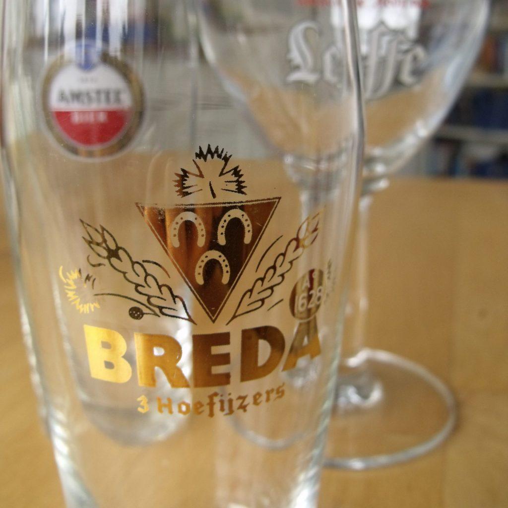 "bierglas ""Breda - drie hoefijzers"""