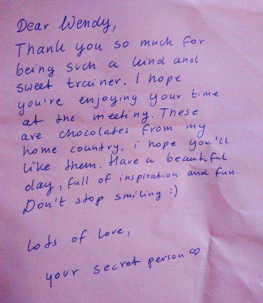 Waarvan gaan mijn ogen stralen? Nou, bijvoorbeeld van een handgeschreven brief zoals deze, bomvol complimentjes.